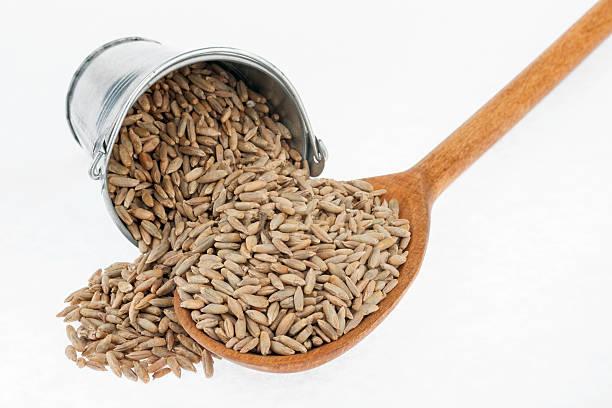 granos de harina de centeno
