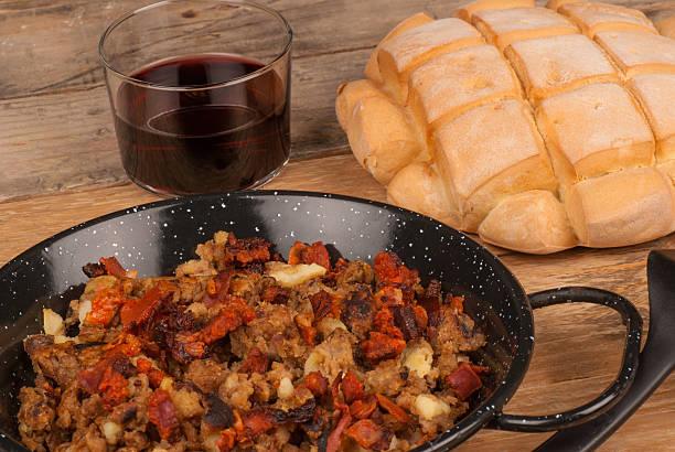 plato tipico de migas de harina