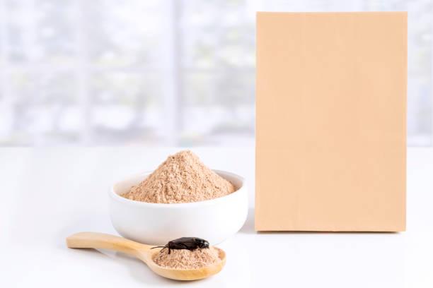 nutrientes de la harina de grillo